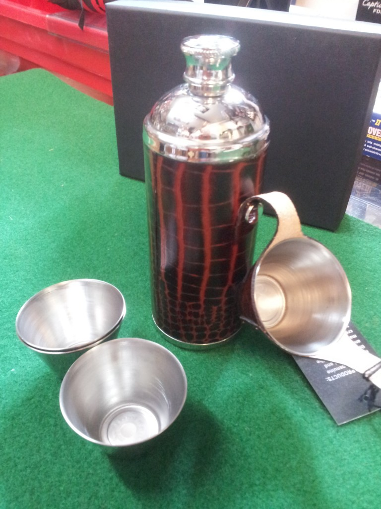 Hip Flask and Cup Set
